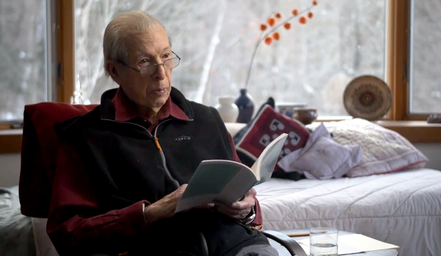 """William Jay Smith reading """"Touch the Air Softly"""" for the film (still image taken from """"Touch the Air,"""" courtesy Alice Spatz)."""