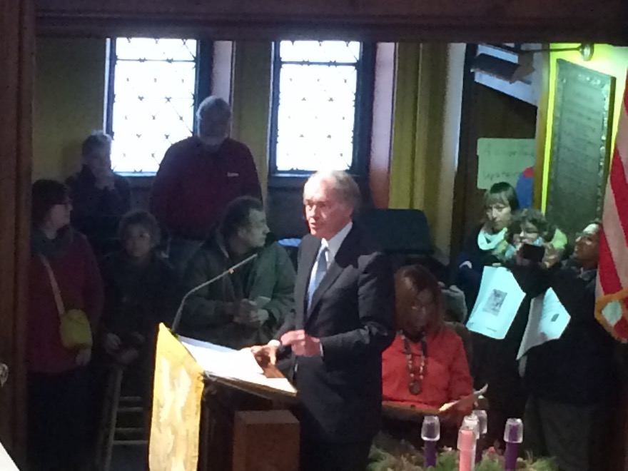 U.S. Senator Ed Markey of Massachusetts delivers his words in support of the Four Freedoms—the frequent thunderous applause nearly drown out the senator; photo, the Greylock Glass.