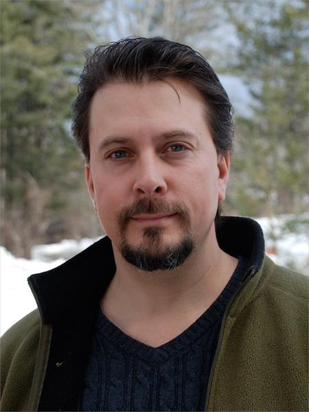 Jason Velázquez, editor