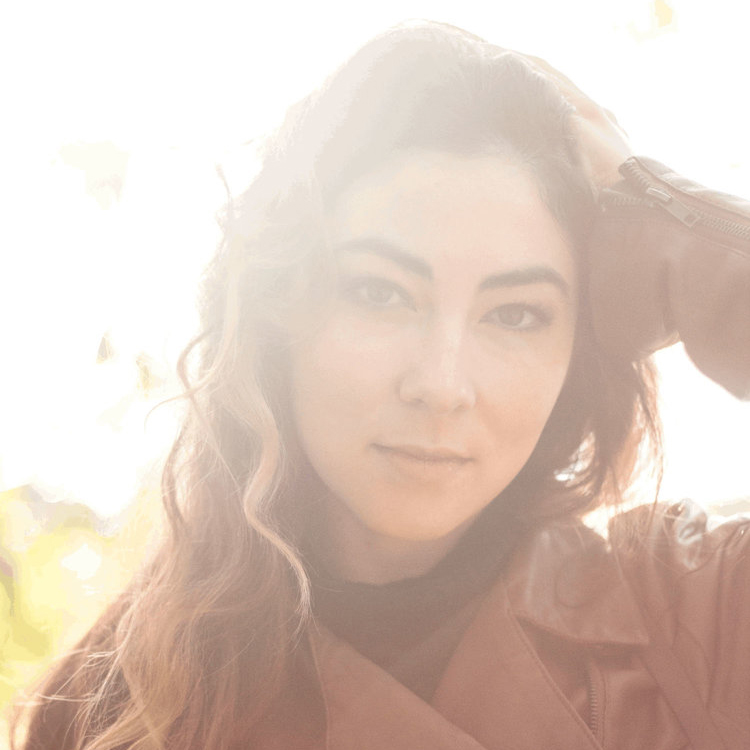 Heather Maloney will be on hand at the first ever Arcadia Folk Festival on September 30, 2018; photo courtesy Signature Sounds.